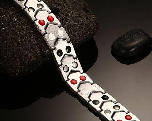 магнитные браслеты в Москве